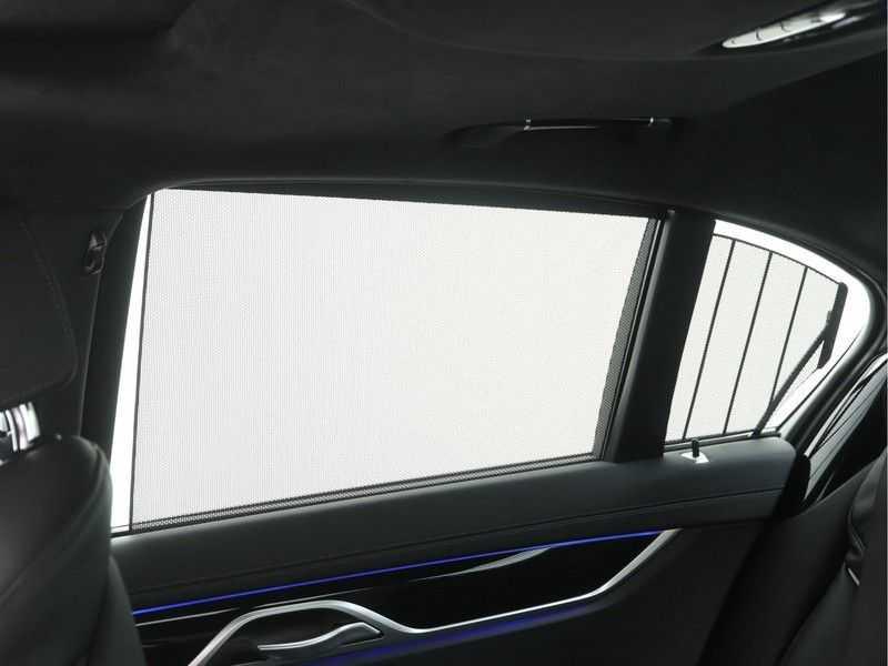 BMW 7 Serie 745e M Sport High Executive BEZICHTIGING OP AFSPRAAK afbeelding 2