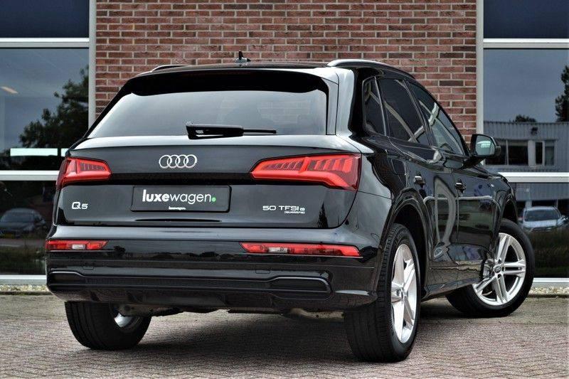 Audi Q5 50 TFSI e 299pk quattro S-Line Pano ACC Camera Lane-Side afbeelding 2