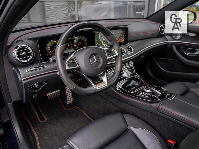 Mercedes-Benz E-Klasse 43 AMG-klasse 43 AMG 4Matic Premium Plus afbeelding 5