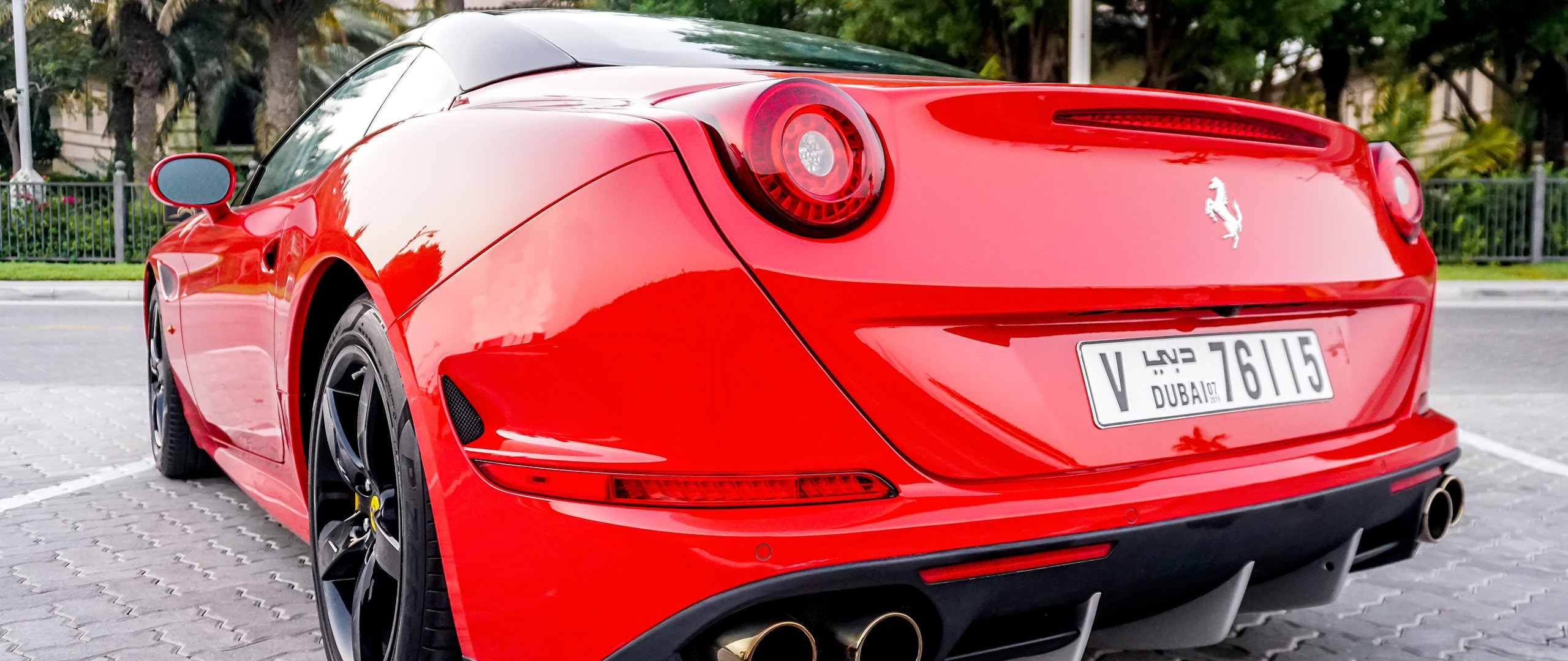 Ferrari california back