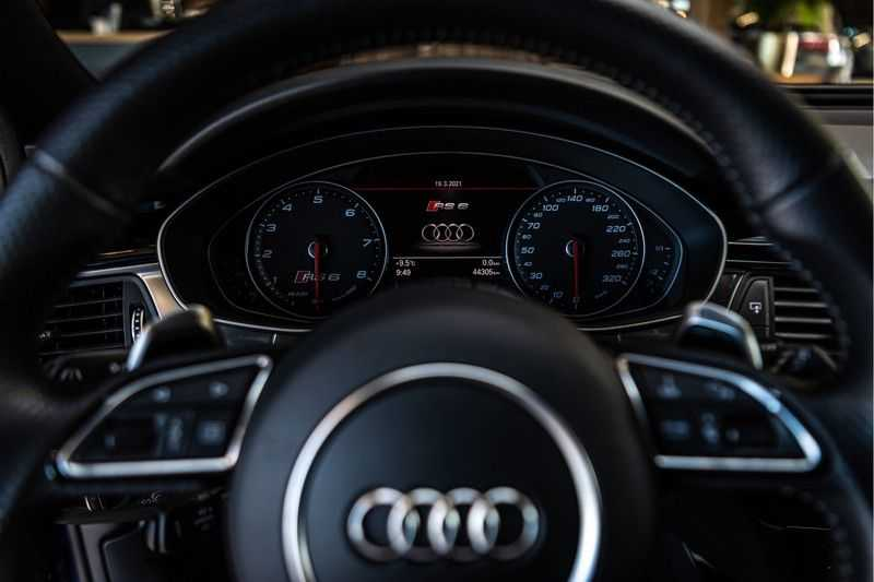 Audi RS6 Avant 4.0 TFSI quattro Performance   Ceramic   B&O   Head-up Display   Panorama   Milltek uitlaatsysteem afbeelding 23