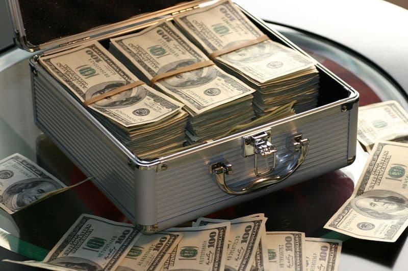 Directors' Briefing: Managing Your Cash Flow