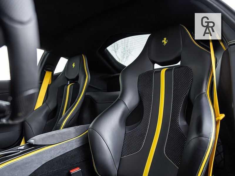 Ferrari 812 Superfast 6.5 V12 HELE   Daytona Carbon Seats   Lift   afbeelding 3