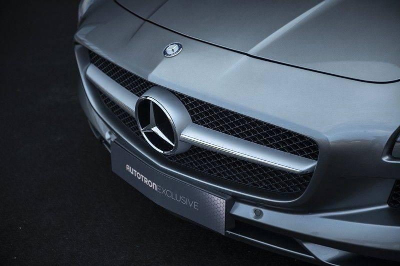Mercedes-Benz SLS Roadster 6.3 AMG Carbon Pack + MIDDLE GRAY HIMALAYAS + Full Carbon Motor afdekking afbeelding 13