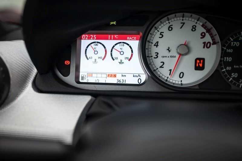 Ferrari 599 6.0 GTB Fiorano F1 Alonso Edition 1/40 afbeelding 3
