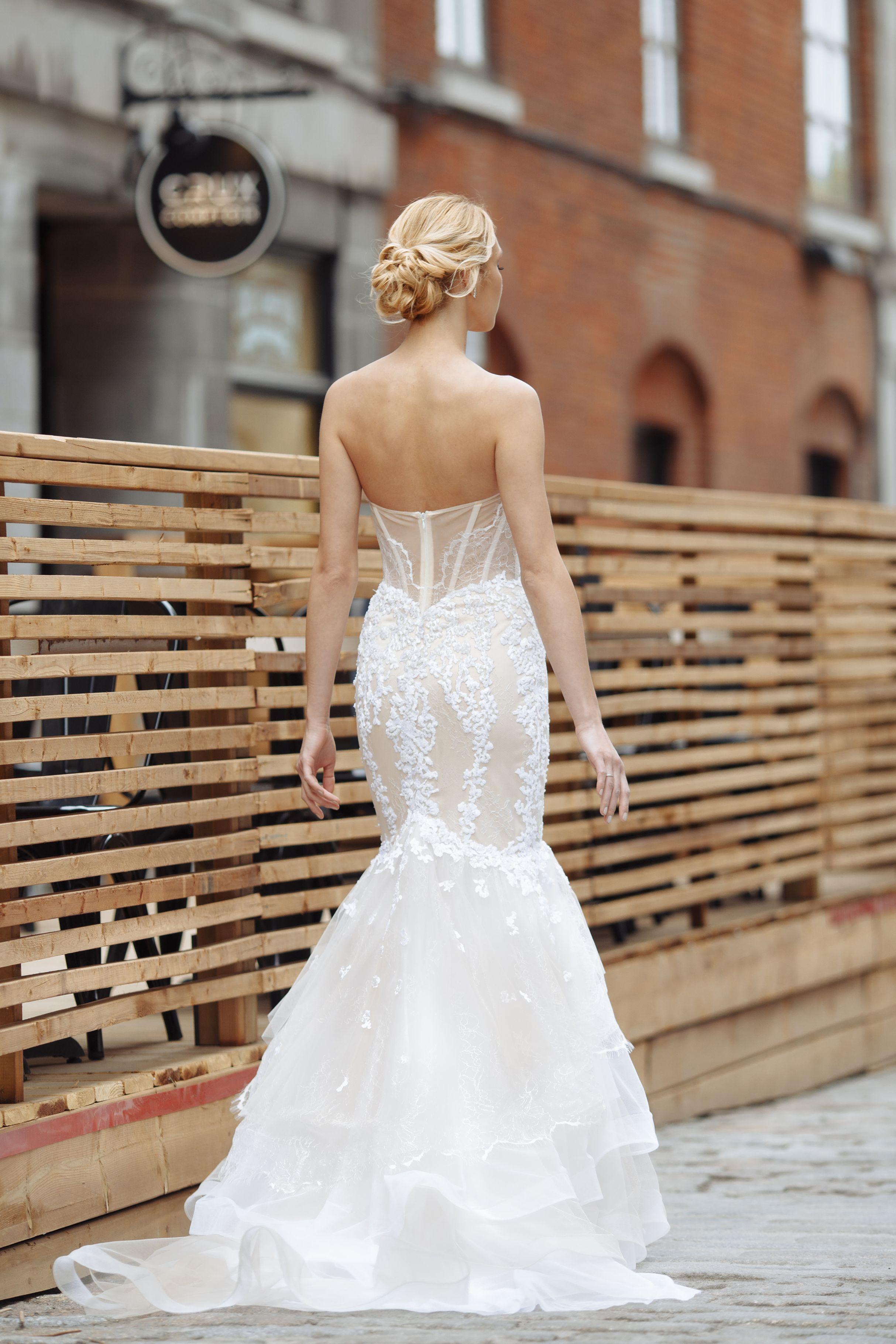 montreal mermaid wedding dress tulle skirt transparent back