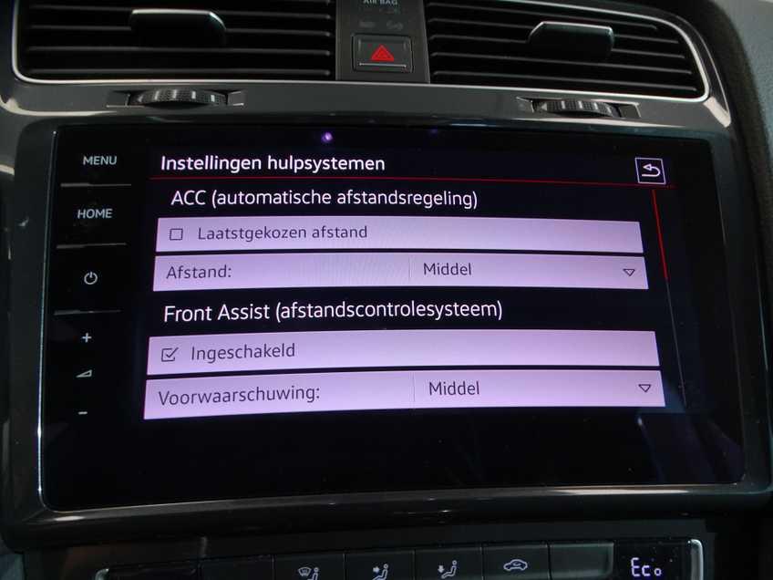 Volkswagen e-Golf e-Golf MARGE! LED Navigatie Clima Cruise Warmtepomp Virtual CP Camera afbeelding 7