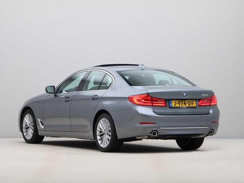 BMW 5 Serie 520i High Exe Luxury Line afbeelding 2