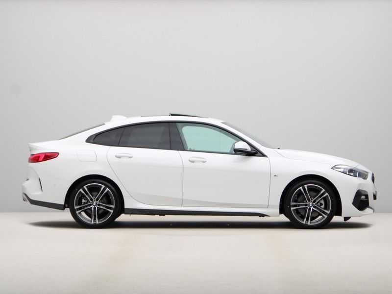 BMW 2 Serie Gran Coupé 218i High Exe M-Sport afbeelding 7