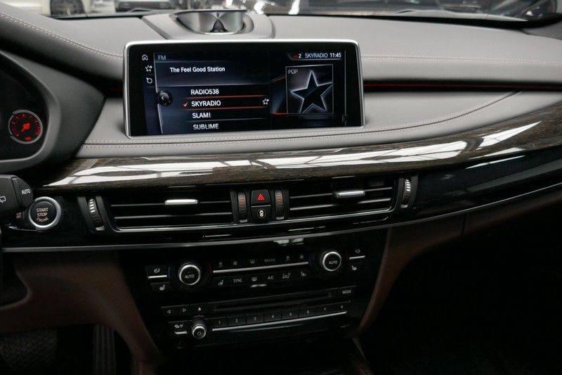BMW X5 M50d B&O - Panoramadak afbeelding 23
