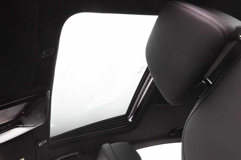 BMW 5 Serie 520i High Exe Luxury Line afbeelding 19