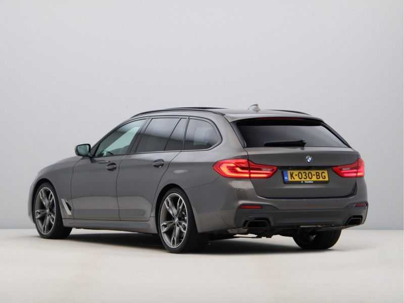 BMW 5 Serie Touring M550d xDrive High Executive Automaat Euro 6 afbeelding 17