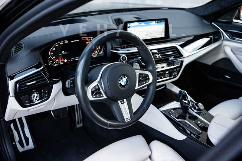 BMW 5 Serie M550i xDrive High Executive // BTW-auto // First owner afbeelding 18