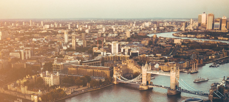 Teaching on the other side of the world:My experience teaching in the UK