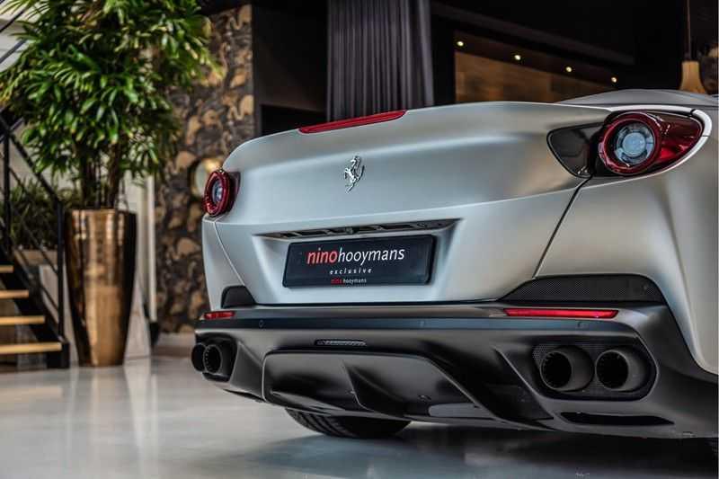 Ferrari Portofino 3.9 V8 HELE | Carbon | Alcantara | Homelink | Camera | afbeelding 3