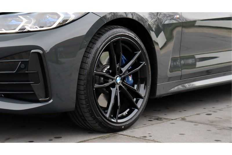 BMW 4 Serie Coupé M440i xDrive High Executive Harman/Kardon, Head Up Display, Schuifdak afbeelding 5