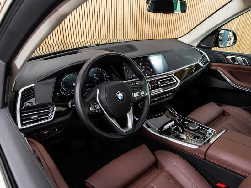 BMW X5 xDrive45e PRIJS INCL. BTW, PANO, HUD, AUDIO, X-LINE afbeelding 14