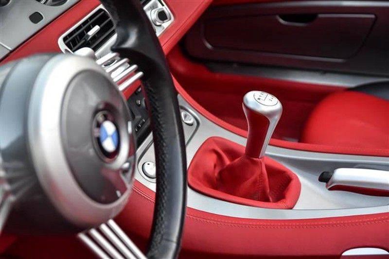 BMW Z8 ROADSTER 5.0-V8 ZWART/ROOD LEDER afbeelding 21