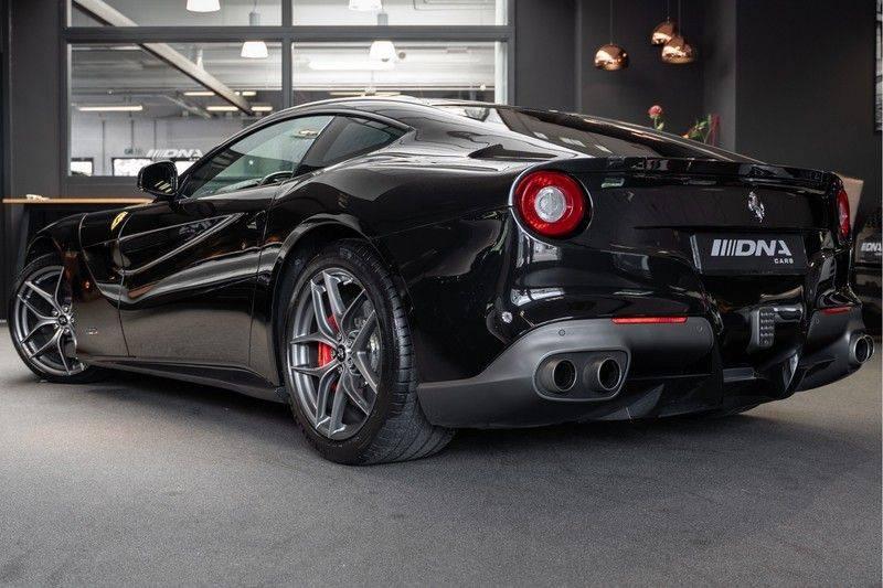 Ferrari F12 Carbon Seats Atelier 6.3 Berlinetta HELE afbeelding 2