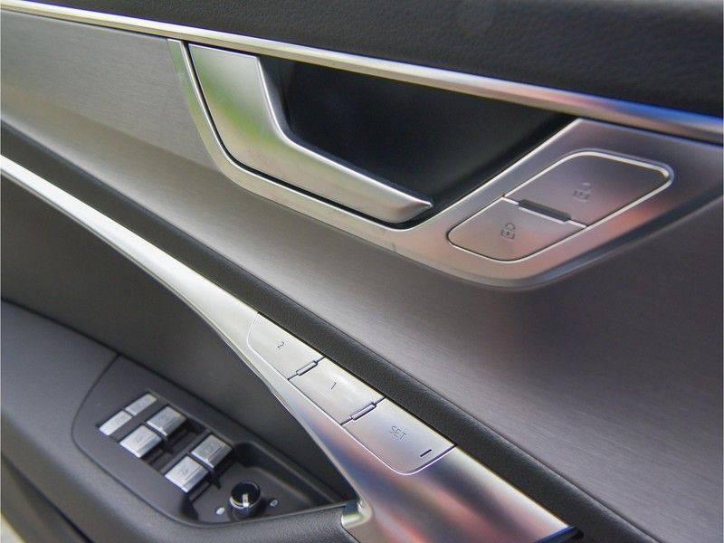Audi A6 Avant 55TFSI 367pk S-Line Quattro Black Optic Navarra Pano Led Zetels Audi-Sound M-Led Priveglas afbeelding 24
