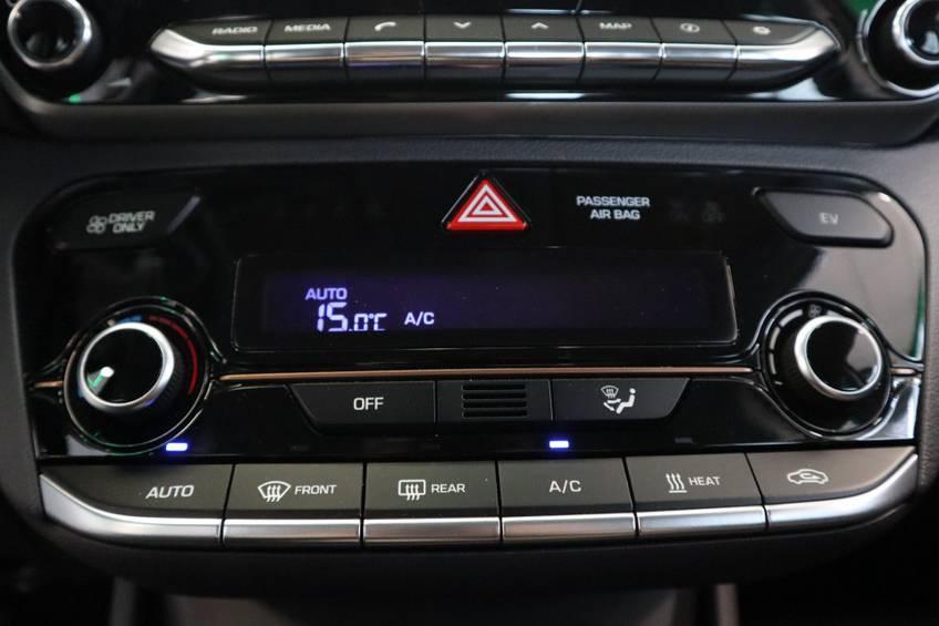 Hyundai IONIQ Comfort EV 4% Bijtelling NIEUW!! 21.116 ex. BTW Navigatie Adaptive-Cruise afbeelding 12