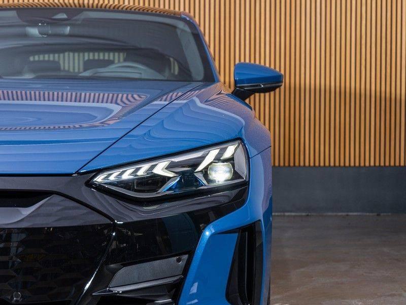 "Audi e-tron GT B&O,HUD,PANO,22"" afbeelding 9"