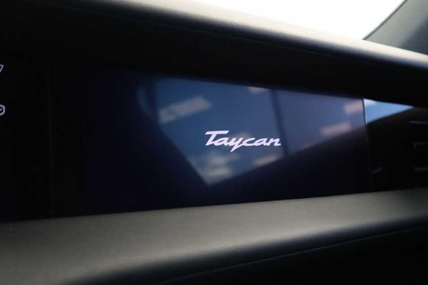 Porsche Taycan 4S Performance 571pk!   Prijs ex.btw 102.950,-   Full-Led Sport-Chrono Panoramadak Warmtepomp *tot 24 maanden garantie (*vraag naar de voorwaarden) afbeelding 4