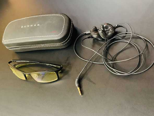 Gunnars and noise isolating earbuds