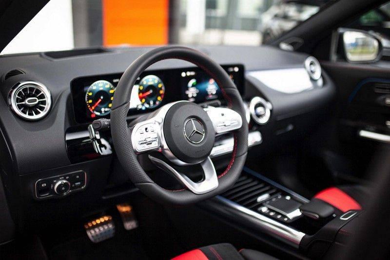 Mercedes-Benz GLA 200 AMG Line *Pano / HUD / Memorystoelen / 360 Cam / Burmester* afbeelding 7