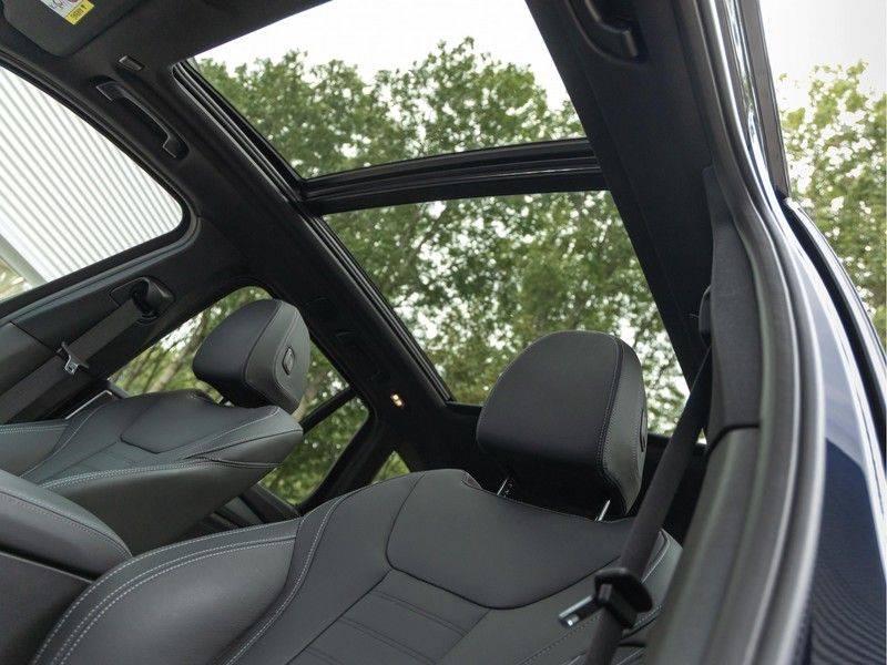 BMW iX3 High Executive - Trekhaak - Direct Beschikbaar! afbeelding 4