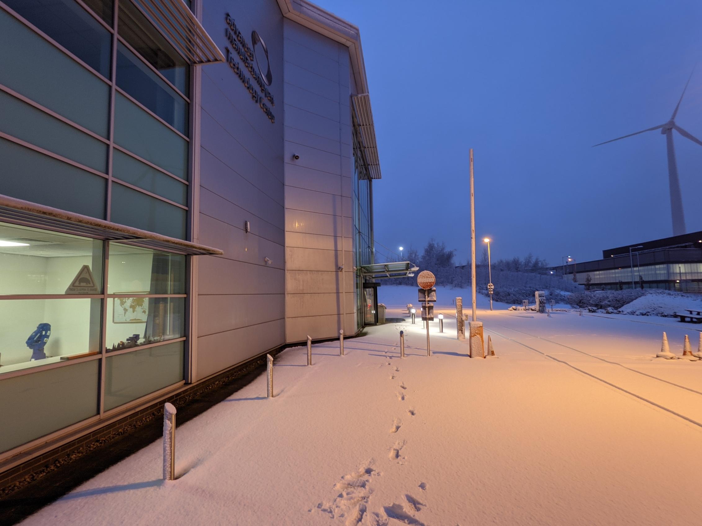 office-snow