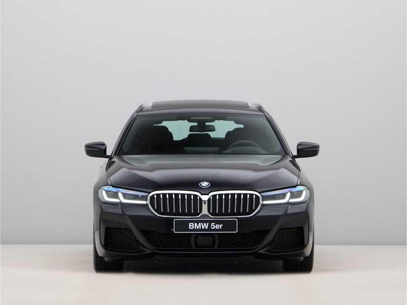 BMW 5 Serie Touring 530d High Exe M-Sport Face-lift ! afbeelding 6