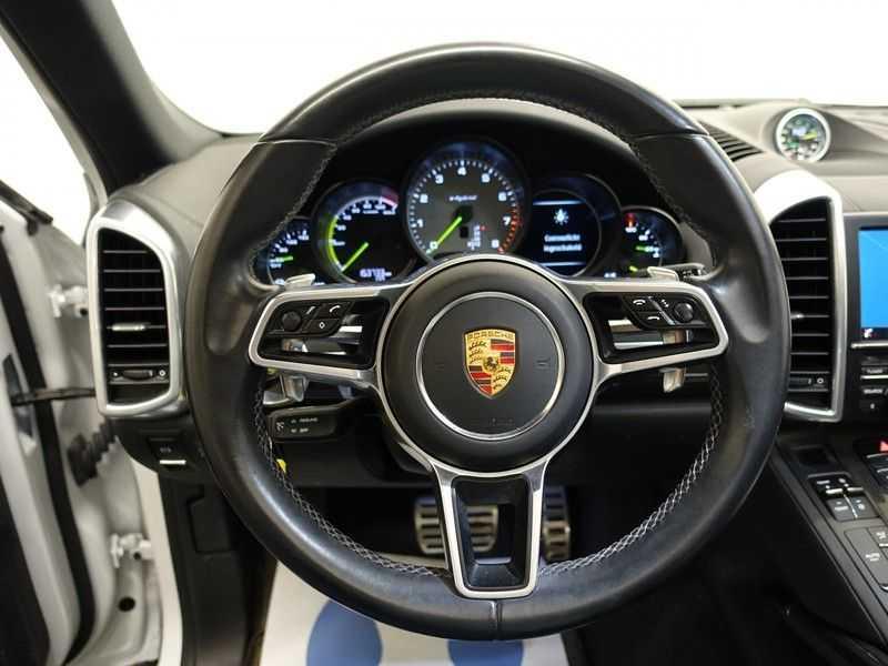 Porsche Cayenne 3.0 S E-Hybrid Sport Chrono Plus 334pk Aut, Pano, Leer, Camera, Full! afbeelding 23