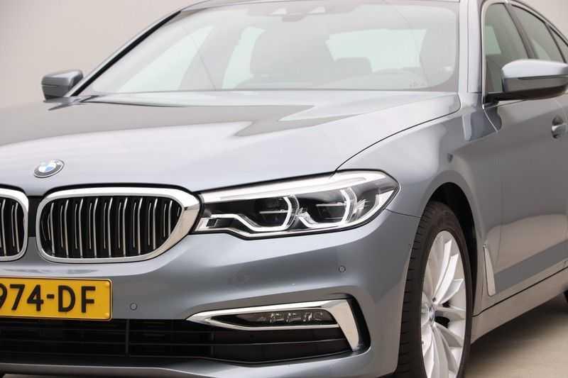 BMW 5 Serie 520i High Exe Luxury Line afbeelding 21