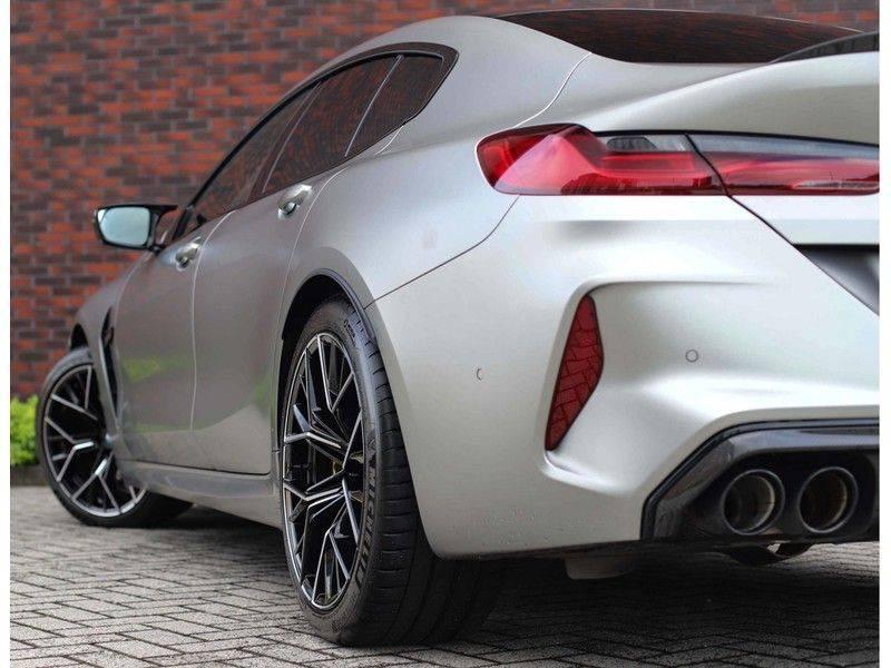 BMW M8 Gran Coupé Competition *Carbon*HUD*B&W Diamond*Vol!* afbeelding 4