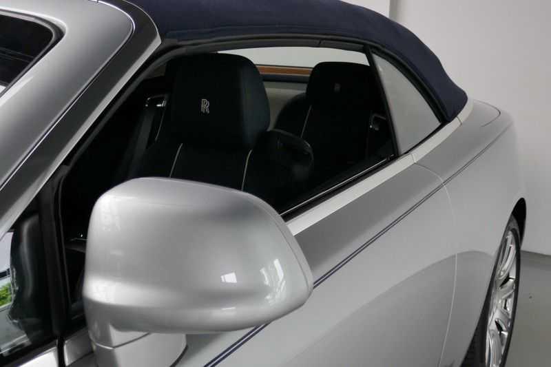 Rolls-Royce Dawn 6.6 V12 Teakdeck afbeelding 16