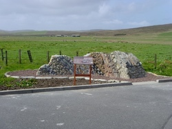 Unst geowall and panel