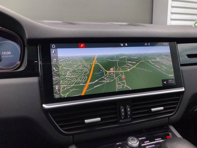 Porsche Cayenne 3.0 340PK, Pano, Luchtvering, 360* Camera, Keyless, Soft-Close, Lane Assist, PDLS, PASM, Trekhaak, 21INCH, BTW! afbeelding 11