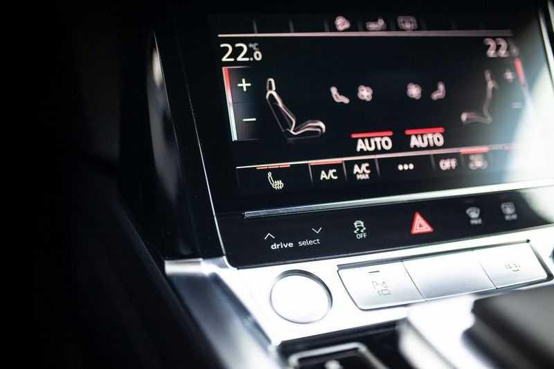 "Audi e-tron 55 Quattro *4% Bijtelling / Hulppakket Stad & Tour / 22"" / Topview* afbeelding 14"