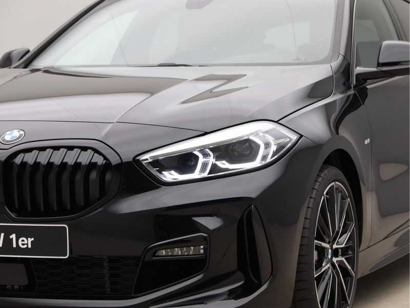 BMW 1 Serie 118i Corporate Executive M Sport afbeelding 19