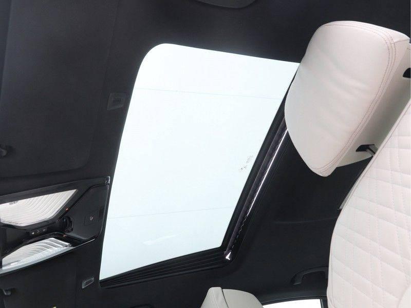 BMW 5 Serie Sedan 540i High Executive M-Sport Automaat afbeelding 17