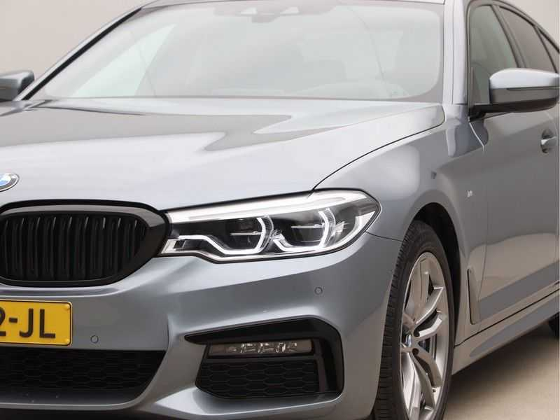 BMW 5 Serie 530i Aut. High Exe M-Sport afbeelding 23