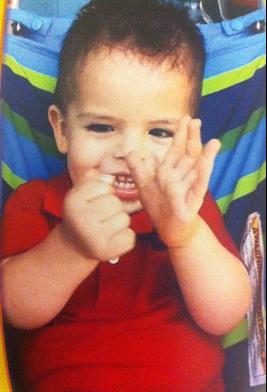 autism-signs-hands-baby-Alex