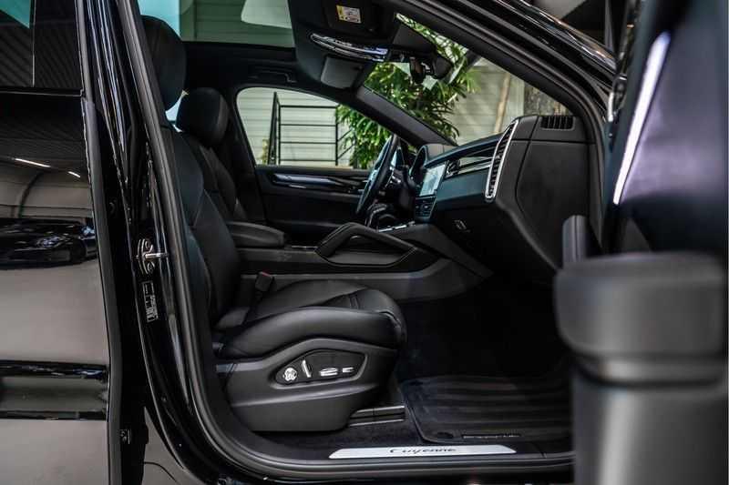 Porsche Cayenne Coupé 3.0 | BOSE | Adaptieve luchtvering | Led-Matrix | Licht Design pakket afbeelding 22