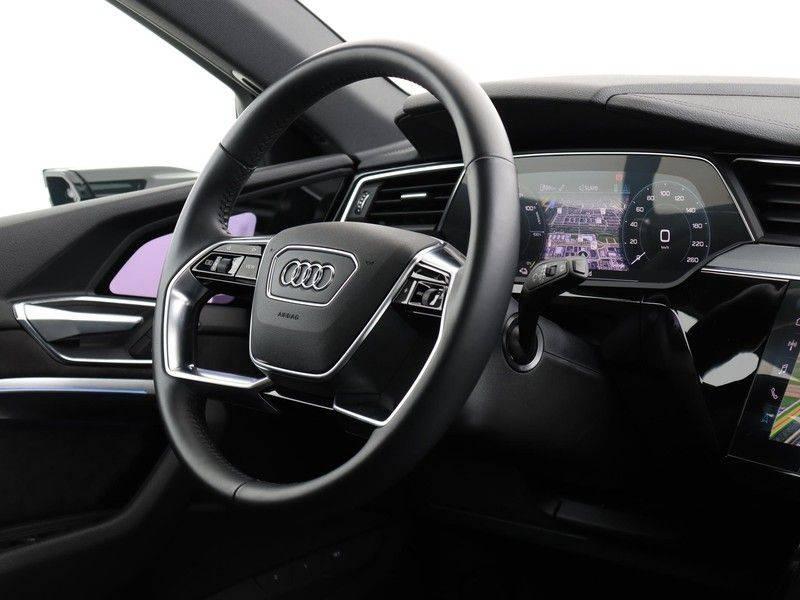 Audi e-tron 55 Quattro Incl. BTW | +/- €130 netto bijtelling| Camerabeeld spiegels | Adapt. Cruise | NAVI | Head-Up Display | 21 Inch | Matrix LED | 360 Camera | B&O | DAB | Keyless-Entry | Pano-Dak | afbeelding 23