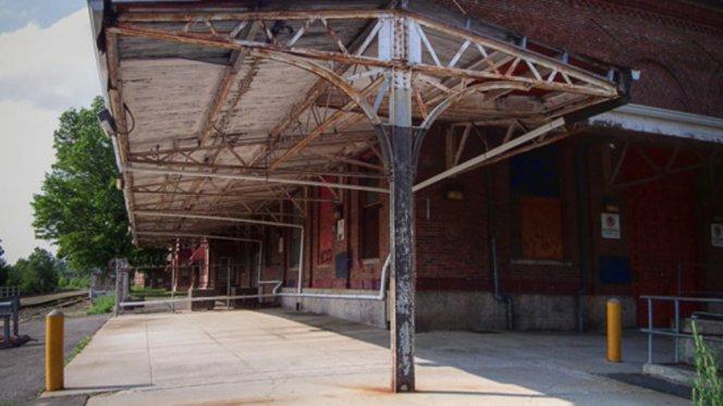 Economic warfare - Waterbury, CT train station 2015