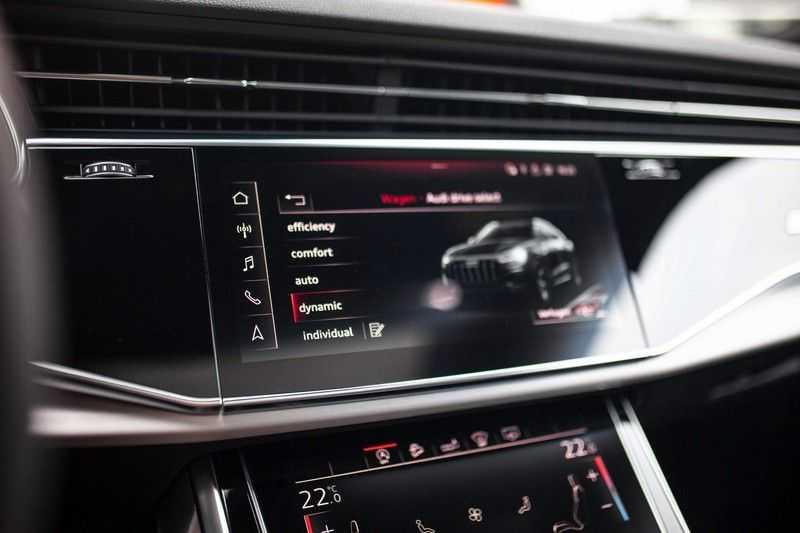 """Audi Q8 50 TDI Quattro *S-line / 23"""" / Panorama / Matrix-LED / Standkachel* afbeelding 13"""
