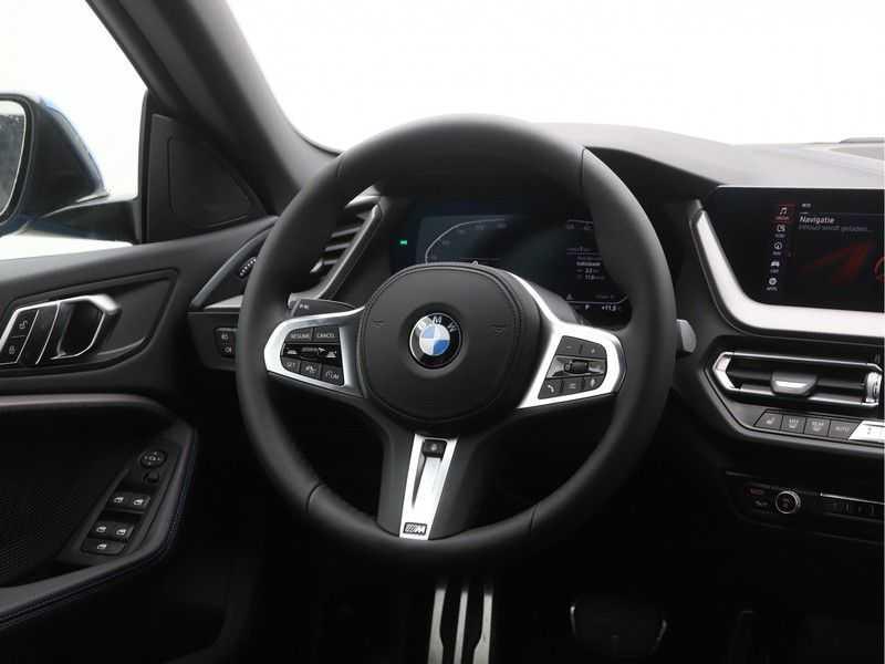 BMW 2 Serie Gran Coupé 218i Executive Edition M-Sport Automaat afbeelding 2