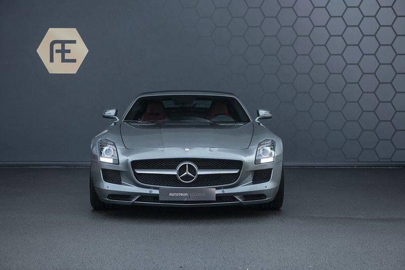 Mercedes-Benz SLS Roadster 6.3 AMG Carbon Pack + MIDDLE GRAY HIMALAYAS + Full Carbon Motor afdekking afbeelding 11