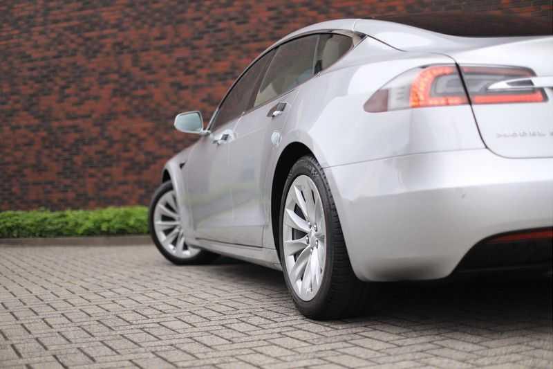 Tesla Model S 75D Base *4% t/m 06-'23*5-persoons*AutoPilot* afbeelding 2